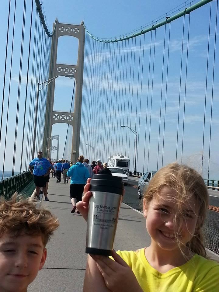 Ava-and-Ollie-B-at-the-Mackinac-Bridge